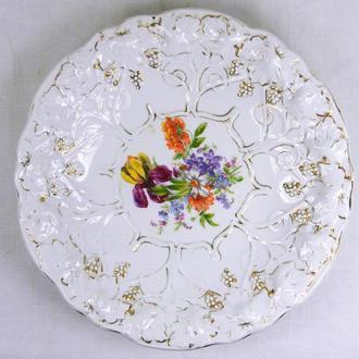 Фарфоровая тарелка. ,,Дулево,, размеры -4х27 см.