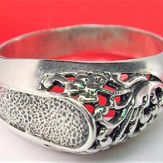 Кольцо перстень серебро 925 проба 4,21 гр 19 размер