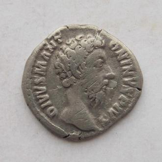 Денарій Марк Аврелій, Consecratio (посмертний, орел). Срібло.
