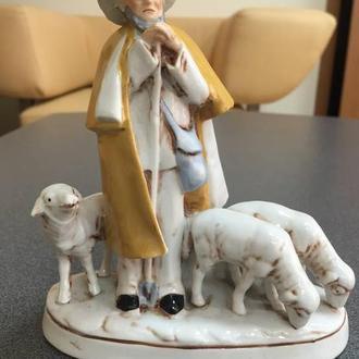 """Фарфоровая фигура """"Пастух"""", Германия."""