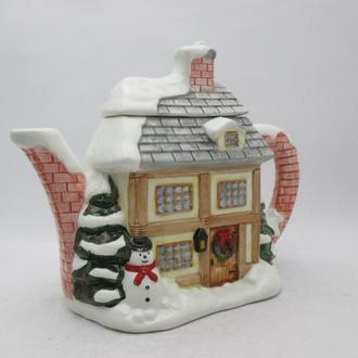 Чайник коллекционный Western House The Village teapot collectables