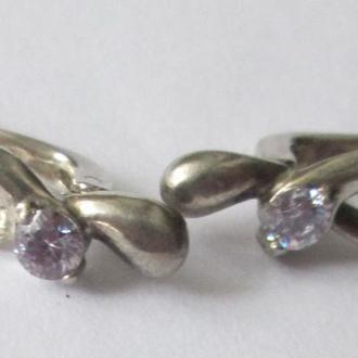 Серебряные серьги с горным хрусталем.