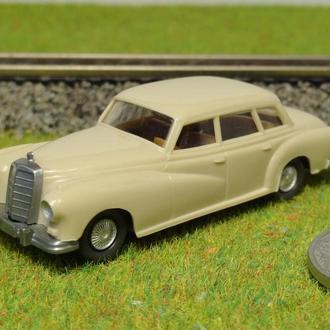 (1655) авто для макета ж/д в масштабе H0 (1:87)