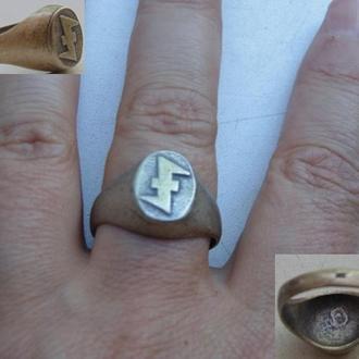Перстень с руной волчий крюк (новодел)