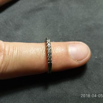 Кольцо с корундами Серебро 0,925 1,44 гр Размер 17 1987год СССР
