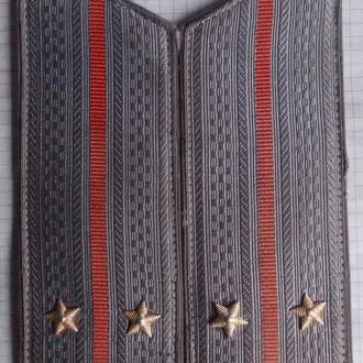 Погоны на летнее пальто обр. 1962 года.