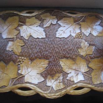 Блюдо тарелка деревянная резная 45 Х 32 ( довоенная ПОЛЬША )