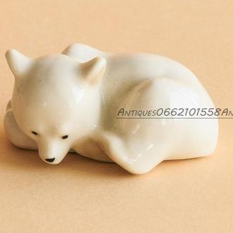 Миниатюра Фарфоровая статуэтка фарфор Белый Медведь, медвежонок ЛФЗ