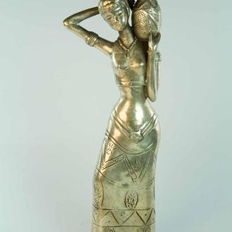 Статуэтка бронзовая Девушка с кувшином