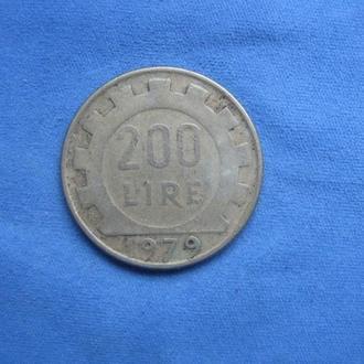 Италия 200 лир 1979 год