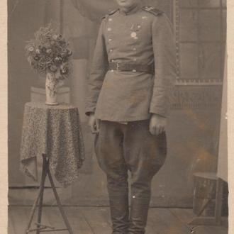 Фото. Боец войск НКВД. 1946 год.