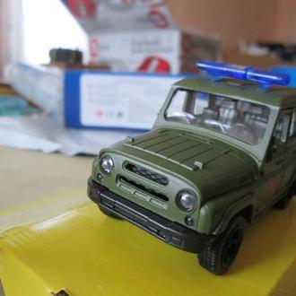 УАЗ 32412