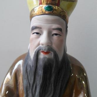 Фарфоровая статуэтка Дух земли Туди-гун Китай 1950-е Цзиндэчжэнь (景德镇 國泰瓷莊)