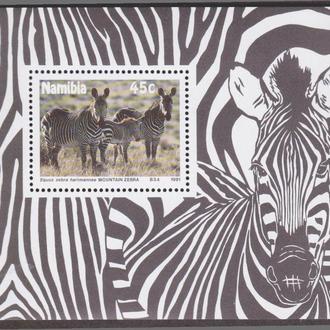 Намибия 1991 ЗЕБРЫ ЗЕБРА ДИКИЕ ЖИВОТНЫЕ МЛЕКОПИТАЮЩИЕ ФАУНА ПРИРОДА АФРИКИ Mi.706 Bl.13** EUR 5.00