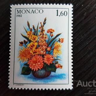Монако цветы флора одиночка 1982 Михель=2 евро**
