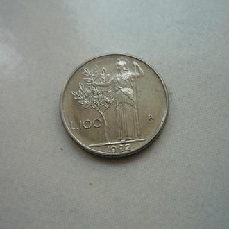 Италия 100 лир 1992 маленькая