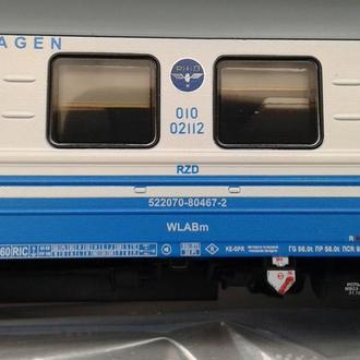 Пассажирский спальный вагон ACME 02112 РЖД / Железная дорога Piko,Roco H0(1:87)