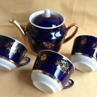 Сервиз чайный. Чайник заварочный и 3 чашки. Фарфор, кобальт, позолота.