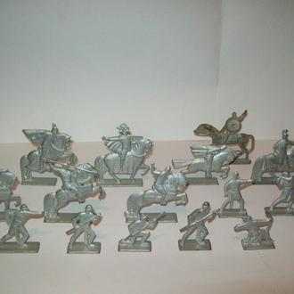 Солдатики рыцари витязи Ледовое побоище СССР металл 16 штук