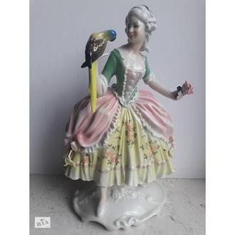 Фарфоровая статуэтка Дама с попугаем, Karl Ens, Германия, 1920-30 гг В-25.5 см