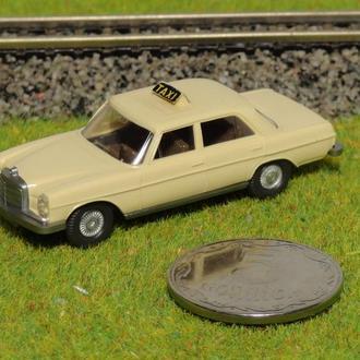 (0894) авто для макета ж/д в масштабе H0 (1:87)
