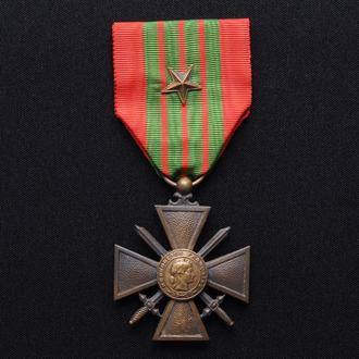 Военный Крест 1939 со Звездой,(22) Франция