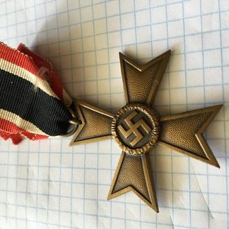 Крест  «За военные заслуги» 2-й степени без мечей