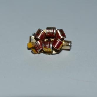 красивая миниатюрная брошь цветок hong kong винтаж