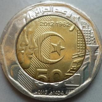 Алжир 200 динаров 2012 юб.биметалл фауна состояние в коллекцию