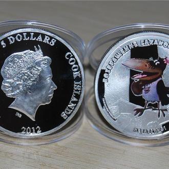 """5 долларов 2012 года Острова Кука """"Возвращение блудного попугая""""  Ворона"""