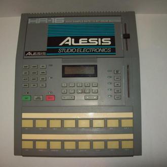 Драм машина Alesis HR-16 Drum Machine США USA