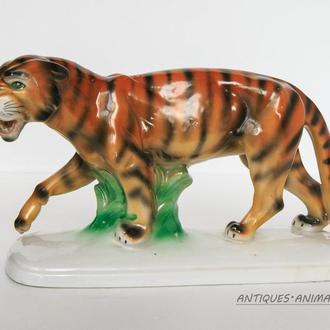 Фарфоровая статуэтка Фарфор Германия German WKC WEISS KUHNERT Тигр