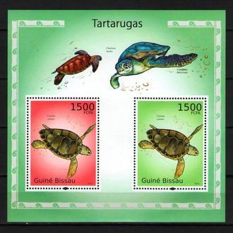 Гвинея-Бисау 2010 Фауна Морская Черепахи блок MNH **