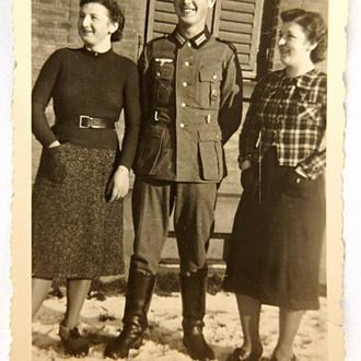 Старое фото Хорошее настроение Вторая мировая война Германия fB