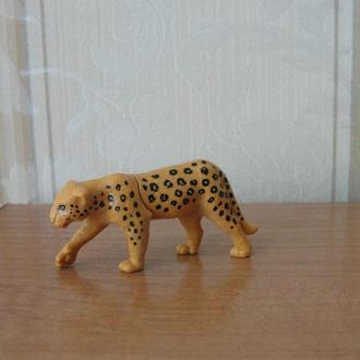 Киндеры,Животные,Планета животных,леопард, 2015год