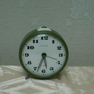 Часы, будильник СССР