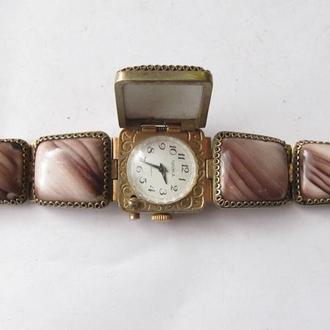 Часы женские Чайка ( рабочие )