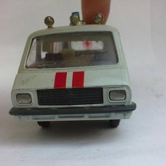 Модель 1 43 cделано в СССР ГАЗ 2402 волга скорая помощь cостояние