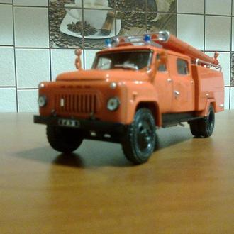 Модель ГАЗ 53-А (АЦ-30) Пожарный -Автолегенды СССР грузовики №8