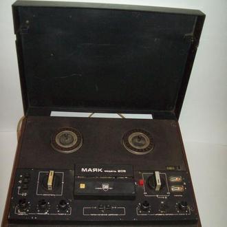 Магнитофон Маяк 205 про-во СССР 1982 г. раритет