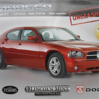 Сборная модель автомобиля Dodge  Charger R/T  2006  1:25 Testors