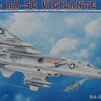 Сборная модель самолета RA-5C Vigilante 1:48 Trumpeter 02809