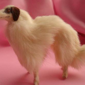 Фигурка собака из натурального меха
