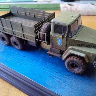 Soviet army truck KRAZ-260 1/35