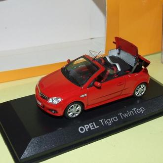 OPEL  TIGRA  TWIN TOP  1:43  MINICHAMPS