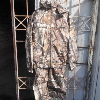 Камуфляжный костюм водоотталкивающий Осенний лес на флисе размер 46