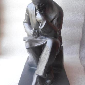 Скульптура Ленин. ск. Завалов.Мытищи
