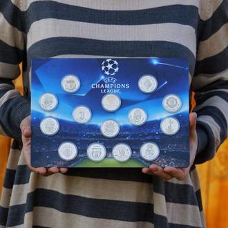 Коллекция из 13ФК Лиги Чемпионов в рамке на стену в колличестве 14шт жетонов на постере. Серебро 925