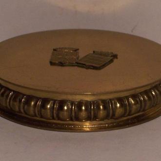Золоченая коробочка, графский герб,  Австрийская империя, 1880-ые