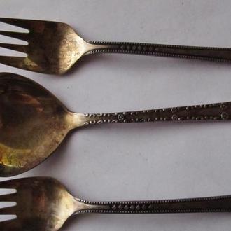 десертные ложка и вилки